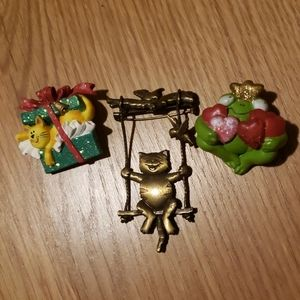 Bundle of Three Cat and Frog Brooches.